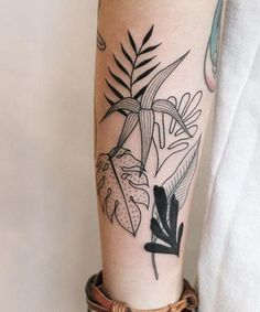 Attractive Palm Leaf Tattoos on Lower Leg