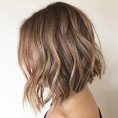 @kailawardhair Honey Bronze Fall hair color, I you. #kailawardhair #texture #owayobsessed #oway #seasaltspray #biodynamic #italia #simplyorganicbeauty #simplyorganic #modernsalon
