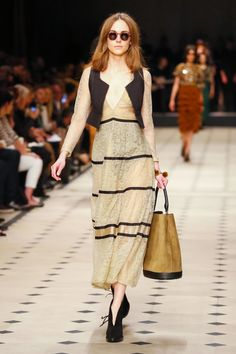 The bag is the best part of this outfit. Burberry Prorsum Ready To Wear Fall Winter 2015 London