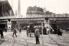 Electric tram in the 1900 exhibition Bad Memories, Paris, Street View, History, Photography, Life, Vintage, Google, Fashion