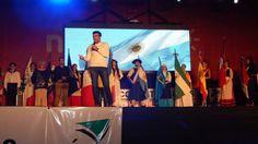 LOPEZ Y UN ROTUNDO RESPALDO A LA 15º EDICION DE LA FIESTA DE LAS COLECTIVIDADES   López y un rotundo respaldo a la 15º edición de la Fiesta de las Colectividades Este tipo de encuentros son los que nos posicionan a nivel provincial y nacional aseveró el Intendente Municipal durante el acto inaugural en el Parque Miguel Lillo. Una multitud se acercó para disfrutar de la primera de las tres jornadas pactadas donde se podrán observar gratuitamente diversos espectáculos musicales y degustar de…