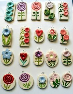 Would be lovely worn on a long silk ribbon. Nice variety of floral shapes Possible sale items for scouts and pocket money 70 beauty and easy polymer clay ideas for beginners Clay Art Projects, Polymer Clay Projects, Ceramic Pendant, Ceramic Jewelry, Fimo Clay, Polymer Clay Beads, Porcelain Clay, Ceramic Clay, Clay Ornaments