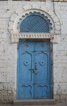 Arabic door, Massawa, Eritrea: by Laparisienneavelo ~