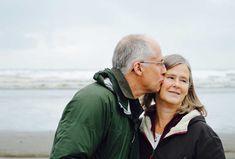 10 základních faktů o menopauze – Swanson.cz Couple Pictures, Senior Pictures, Foto Memory, Find Your Ancestors, Older Couples, Marriage Certificate, Couples Images, Type 1 Diabetes, Mental Health