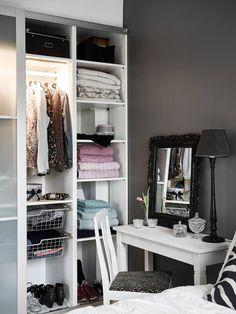 White U0026 Grey Bedroom · Balkon Schlafzimmer Kleine Schlafzimmer  SchränkeKleine ...