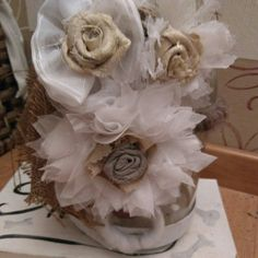 Shabby Chic Blumen aus Gardinen