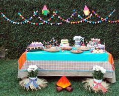 decoração para festa junina - ideias juninas Birthday Parties, Happy Birthday, Birthday Cake, Ideas Aniversario, Partying Hard, Fiesta Party, Baby Party, Festival Party, Party Gifts