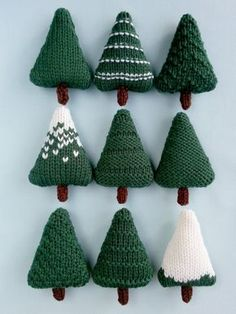 Christmas Tree knitting patterns - Made with Cascade 220 and can be left as they are or add buttons and beads for a decorative touch! Christmas Presents, Christmas Gifts, Christmas Ornaments, Outdoor Christmas Decorations, Holiday Decor, Knitting Patterns, Crochet Patterns, Different Christmas Trees, Hanging Ornaments