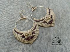Handmade macrame hoop earrings in beige and antique ruby colors of waxed thread, with brass beads in decoration. Hooks are gold nickel free, but Macrame Earrings, Macrame Jewelry, Diy Jewelry, Crochet Earrings, Jewellery, Micro Macrame, Bohemian Jewelry, Metallica, Earrings Handmade