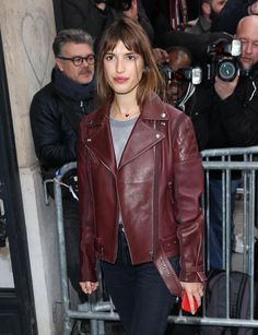 How to get Jeanne Damas iconic French girl daytime beauty look