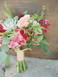 Summer bridal bouquet | Wedding & Party Ideas | 100 Layer Cake