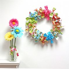 Simple tutorial for this Adorable No Sew Fabric Wreath. Perfect for spring and summer colors.