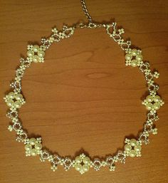 Free pattern for pretty beaded necklace Ivona     U need: seed beads 11/0 pearl beads 4 – 5 – 6 mm (any size)     Click on the picture to enlarge pattern    Click to get book about Beading