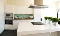 Valkoinen keittiö  White kitchen