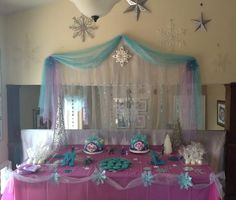 Frozen party decorations