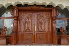 ornate-door-370611_1280