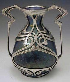 Antik çini vazo