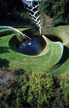 El Jardín de la Especulación Cósmica, un jardín matemático extraordinario. | Matemolivares