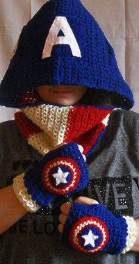 Captain America Shield Fingerless Short Gloves by WoolenWords, €15.00
