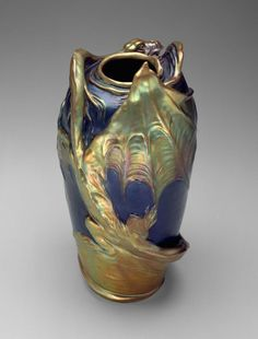 Ceramic earthenware with lustre glaze dragon wing art nouveau vase, Lajos Mack by Zsolnay Manufactory, Hungary, c. 1900. (collection of the Museum of Fine Arts, Boston)