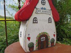 Geldgeschenke - * HOCHZEITS-HÄUSLE* Individuell*Geschenk* Hochzeit - ein Designerstück von Holzlaedele bei DaWanda