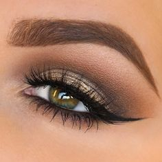 Soft brown eyes by @taniawallerx3, anastasiabeverlyhills shadows in warm taupe, deep brown, and caramel in the crease with vanilla as highlight. source