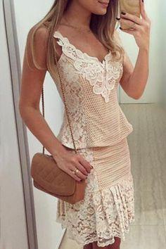 Fashionable Women's Sleeveless V-Neck Lace DressCasual Dresses | RoseGal.com
