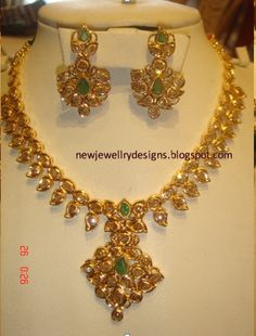 Price For Gold Jewelry Key: 9207030582 Gold Jewelry For Sale, Gold Jewelry Simple, Pearl Necklace Designs, Stone Necklace, Gold Necklace, Gold Pendent, Gold Jewellery Design, Jewelry Patterns, Jewelry Trends