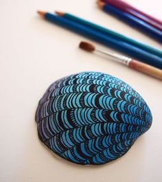 Items similar to Hand painted beach pebble paperweight stone interior decoration blue turquoise violet seashell sea shell gift for colleague office accessory on Etsy Seashell Painting, Seashell Art, Seashell Crafts, Beach Crafts, Stone Painting, Rock Crafts, Crafts To Sell, Sand Dollar Art, Coquille St Jacques