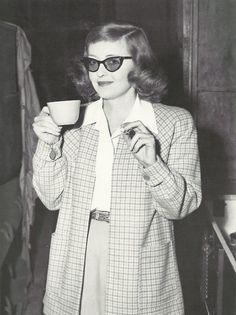 Bette Davis drinking #coffee on set, 1940s.