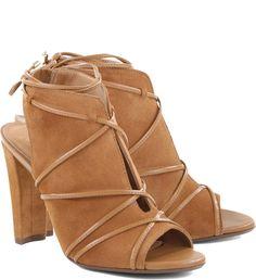 44ed0285c Sandalia camuerça Camel | Arezzo Saltos Grossos, Sapatos Da Moda, Tipos De  Sapatos,