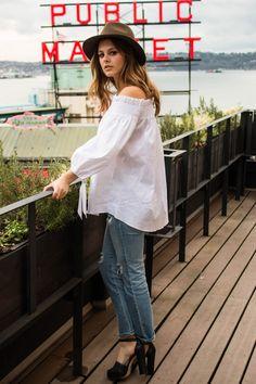 Photo Diary: Seattle Trip | ripped jeans | Fashion blogger | stuart weitzman | Rag & Bone |  women's fashion