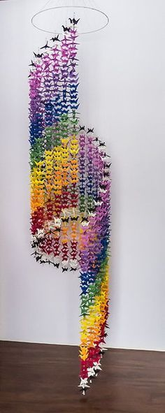 1000 Origami Crane Mobile – Chakra Spiral – 25 strands of 40 Cranes – 9 colors White, violet, indigo Origami Ball, Diy Origami, Origami Paper Art, Useful Origami, Origami Cranes, Origami Ideas, Oragami, 1000 Paper Cranes, 1000 Cranes