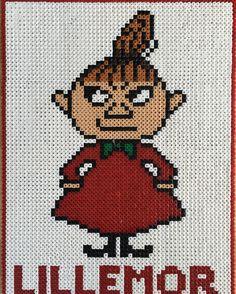 Little My - Moomin hama beads by parltavlor_pyssel Hama Beads Patterns, Beading Patterns, Embroidery Patterns, Knitting Patterns, Little My Moomin, Tove Jansson, Iron Beads, Loom Beading, Perler Beads