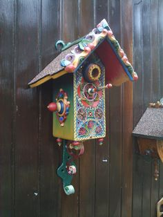 hand painted bird house     Etsy.