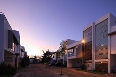 Insignia Hábitat. Diseño Arq. Miguel Echauri y Arq. Álvaro Morales. #architecture #design