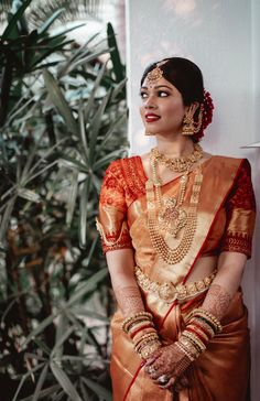 Karishma and Shravan – A beautiful wedding in the backwaters of Kerala Wedding Vendors, Kerala, Bride Groom, Big Day, Fashion Beauty, Wedding Inspiration, Sari, Indian, Bridal