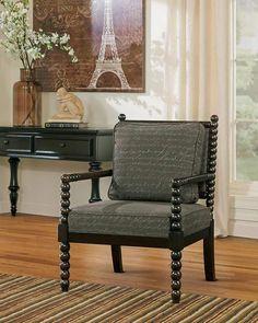 Epingle Par Meubles Ashley Homestore Sur Classique Chaises Contrastantes Mobilier De Salon Meuble