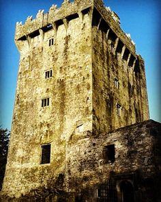 Blarney Castle  #Blarney #blarneycastle #castle #Cork #ISA #isagalway #studiesabroad #isaabroad #study #travel #learn #Ireland #wanderlust #giftofthegab #eloquence #txamiuabroad #texasaminternational #txamiu by studyabroadingalway