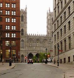 Vieux-Montréal, 15 mai 2012. Côte de la Place-d'Armes >Sud, depuis rue Saint-Antoine. | Flickr - Photo Sharing!