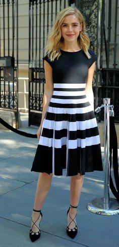 Kiernan Shipka in Carolina Herrera attends the Carolina Herrera Fashion Show during New York Fashion Week. #bestdressed