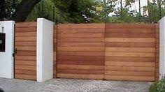 Resultado de imagen para portones en madera