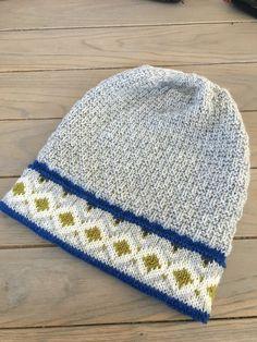 Bilderesultat for Lothepus lue Knitted Hats, Crochet Hats, Knitting, Inspiration, Accessories, Fashion, Knitting Hats, Biblical Inspiration, Moda