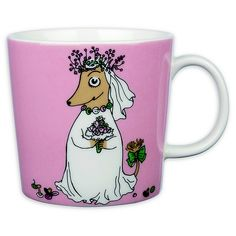 With the Arabia Moomin Fuzzy Coffee Mug, you can enjoy your morning cup of joe. capacity so you can fill up with enough coffee or any of your favorite beverages to keep you hydrated throughout the day. Moomin Mugs, Tove Jansson, Finland, Got Married, Childrens Books, Coffee Mugs, Snoopy, Tableware, Stuff To Buy