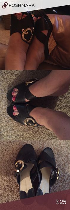 Daisy Fuentes Black Wedgies Nice black wedges for a great sandal for summer ☀️these rock and are very comfy Daisy Fuentes Shoes Wedges