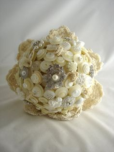 Wedding bouquet with buttons, brooches and crochet flowers - Etsy