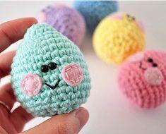 Fuente: http://www.thepudgyrabbit.com/2013/03/crochet-easter-eggs.html#more