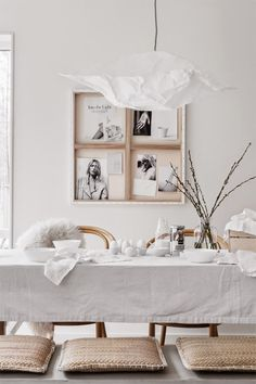 all white Easter decorations photos by Sara Medina Lind styled beautifully by Pella Hedeby och Marie Ramse Wabi Sabi, Decorating Your Home, Interior Decorating, Decorating Ideas, Pella Hedeby, Easter Table Settings, Deco Table, Home And Deco, Home Interior