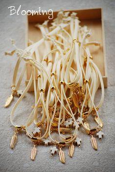 Μαρτυρικα βαπτισης βραχιολια - Blooming Bracelets, Gold, Jewelry, Jewlery, Jewerly, Schmuck, Jewels, Jewelery, Bracelet