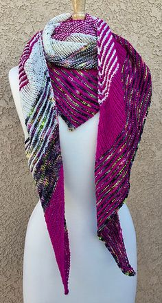 Ravelry: Color Serenade pattern by Laura Seekatz